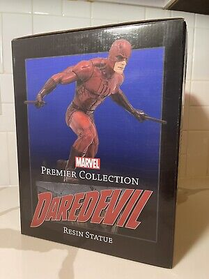 Marvel Premier Daredevil Comic Statue • 71.53£