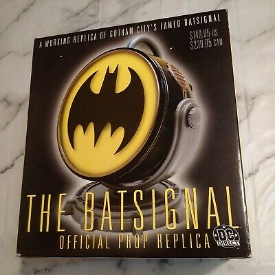 RARE Batman: THE BATSIGNAL Official Prop Replica By DC DIRECT Brand New & Boxed • 274.99£