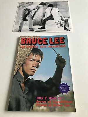 Bruce Lee Rare JKD Book And Photograph • 19.99£