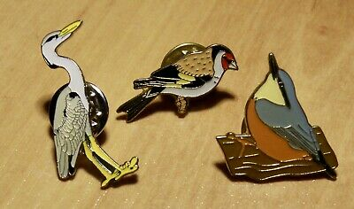 3x RSPB Collectable Pin-Badges - Heron, Nuthatch And Goldfinch • 3.99£