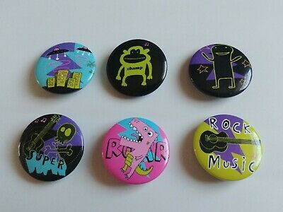 MONSTER MASH PIN BADGES Set Of 6. • 3.99£