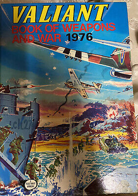 Valiant Book Of Weapons And War 1976 • 4.35£