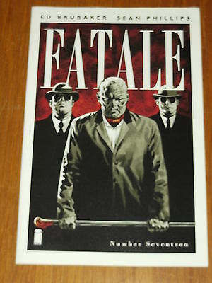 Fatale #17 Image Comics September 2013 Nm (9.4) • 2.44£