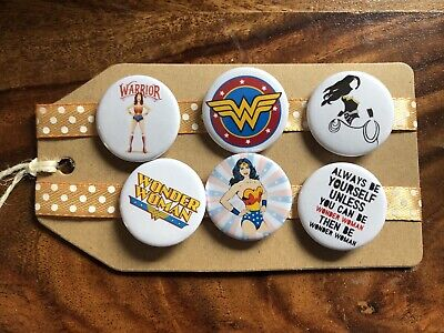 Wonder Woman - Pin Badge Set • 4.99£